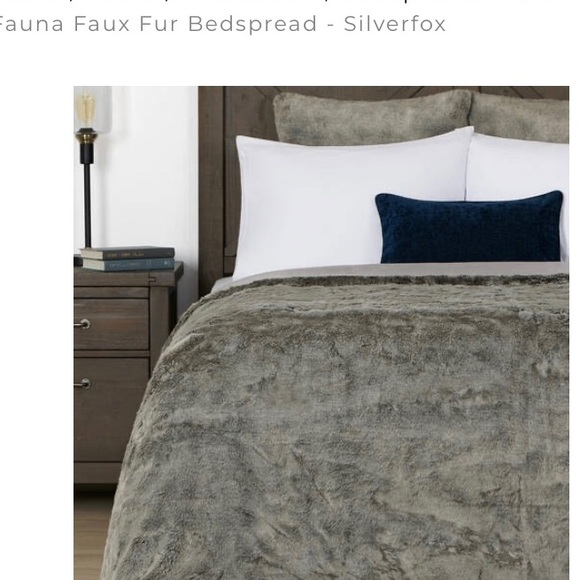 urban barn Other - Wild sanctuary King Urban Barn Faux fox bedcover